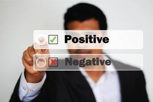 Cum sa ramai pozitiv cand ai in jurul tau oameni negativisti